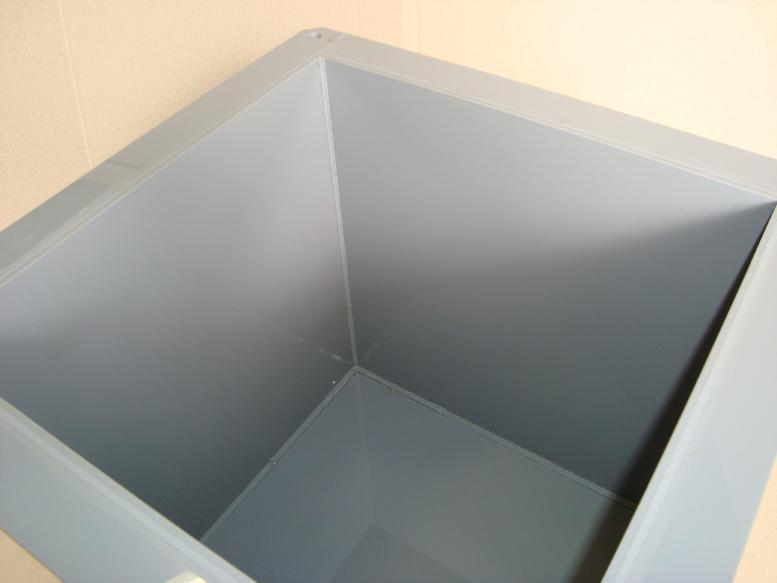 塩ビ槽 内部